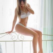 Arina (24) Urlaub